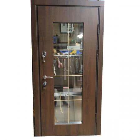 двери входные уличные со стеклом